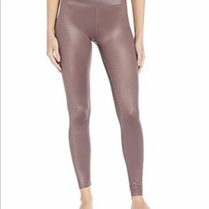Alo Women's 7/8 High Waisted Shine Leggings